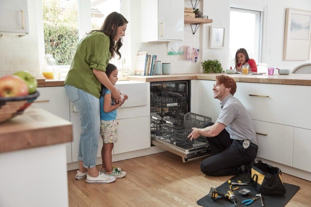 Ремонтировать посудомойку или купить новую